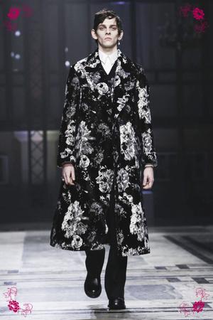 Alexander McQueen Design Fashion Show, Menswear Collection Fall Winter 2016 in London