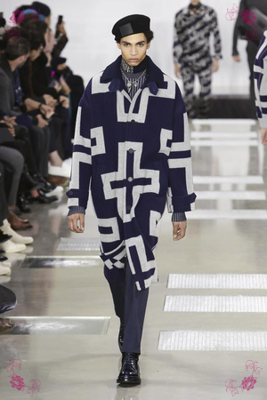 Louis Vuitton Fashion Show, Menswear Collection Fall Winter 2016 in Paris