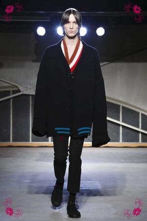 Raf Simons, Menswear Collection Fall Winter 2016 in Paris