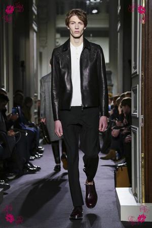 Valentino Fashion Show, Menswear Collection Fall Winter 2016 in Paris