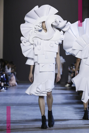 Viktor & Rolf, Fashion Show, Couture Collection Spring Summer 2016 in Paris