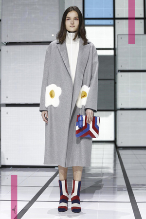 Anya Hindmarch Design Fashion Show, Ready To Wear Collection Fall Winter 2016 in London