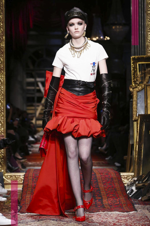 Moschino Fashion Show, Ready To Wear  Collection Fall Winter 2016 in Milan