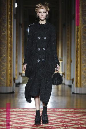 Simone Rocha Fashion Show, Ready To Wear Collection Fall Winter 2016 in London
