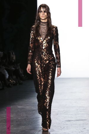 Tadashi Shoji Fashion Show, Ready To Wear  Collection Fall Winter 2016 in New York