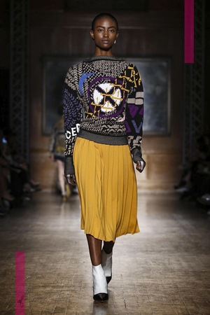 Vivienne Westwood Red Label Design Fashion Show, Ready To Wear Collection Fall Winter 2016 in London