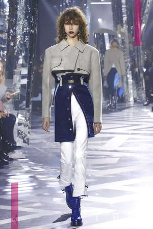 Louis Vuitton, Fashion Show, Ready To Wear Collection Fall Winter 2016 in Paris