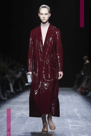 Valentino, Fashion Show, Ready To Wear Collection Fall Winter 2016 in Paris