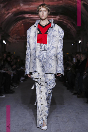 Y Project Fashion Show, Ready To Wear Collection Fall Winter 2016 in Paris