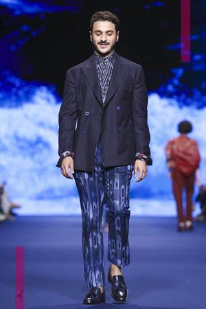 Etro, Menswear Collection Spring Summer 2017 in Milan