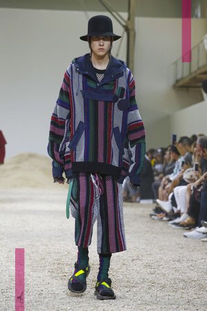 Sacai Fashion Show, Menswear Collection Spring Summer 2017 in Paris