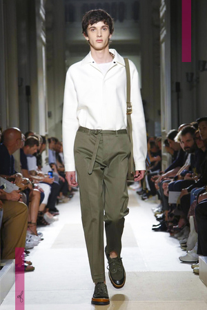 Valentino, Menswear Collection Spring Summer 2017 in Paris