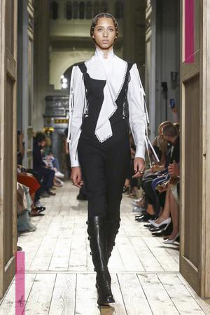 Valentino-Couture-FW16-Paris