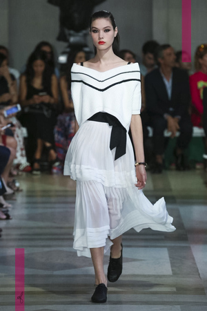 Carolina Herrera Fashion Show, Ready to Wear Collection Spring Summer 2017 in New York