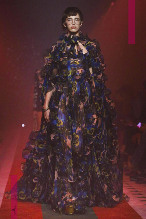 Gucci, Women Fashion Show, Ready to Wear Collection Spring Summer 2017 in Milan