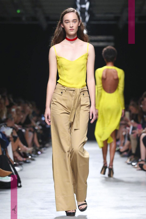 Guy Laroche, Women Fashion Show, Ready to Wear Collection Spring Summer 2017 in Paris