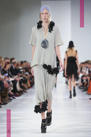 Maison Margiela Fashion Show, Ready to Wear Collection Spring Summer 2017 in Paris