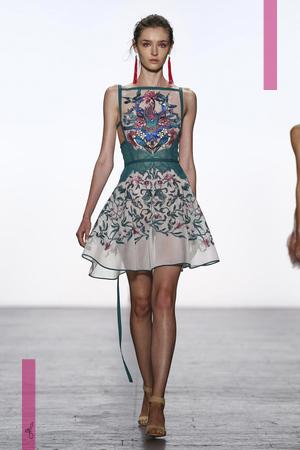 Tadashi Shoji Fashion Show, Ready to Wear Collection Spring Summer 2017 in New York