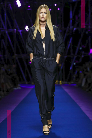 Versace, Fashion Show, Ready to Wear Collection Spring Summer 2017 in Milan
