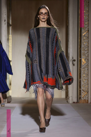 Acne Studios Fashion Show, Ready to Wear Collection Spring Summer 2017 in Paris