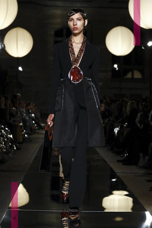 Givenchy Fashion Show, Ready to Wear Collection Spring Summer 2017 in Paris