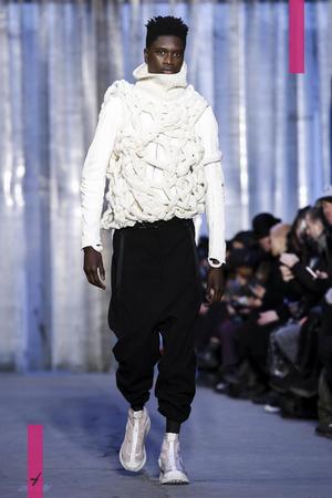 Boris Bidjan Saveri Menswear Fall Winter 2017 Collection in Paris