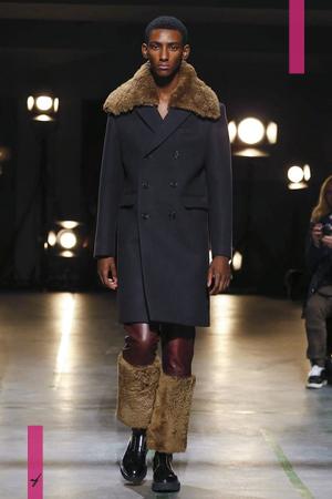 Sean Suen, Fashion Show Menswear Collection Fall Winter 2017 in Paris