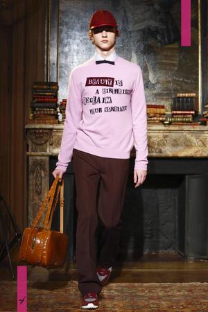 Valentino, Fashion Show, Menswear Collection Fall Winter 2017 in Paris