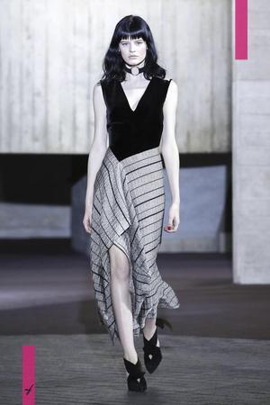 Roland Mouret , Ready To Wear, Fall Winter, 2017, London, Fashion, Fashion Show, NOWFASHION