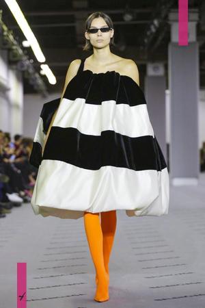 Balenciaga, Fashion Show, Ready to Wear Collection Fall Winter 2017 in Paris