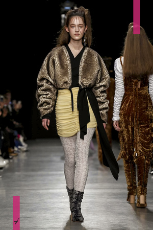 Veronique Leroy Fall Winter 2017 Ready To Wear Collection in Paris